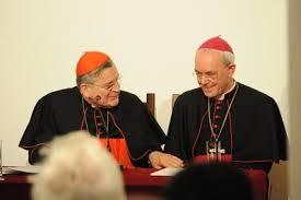 Conferencia hoy del obispo Schneider en Sevilla