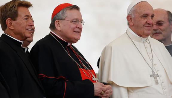 Cardenal Burke. Entrevista sobre su misión en Guam