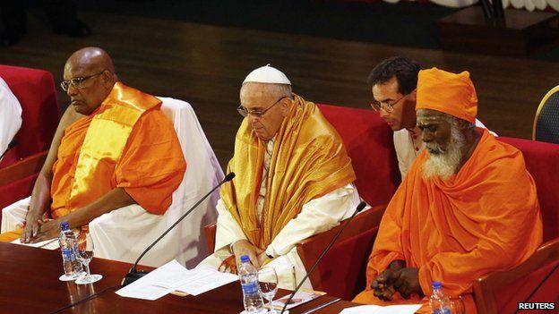 Hermanos Budistas, la Madre Tierra, campos de concentraciòn y un poco de mafia