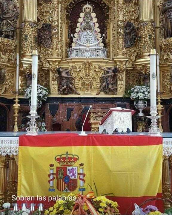 ¡Viva España! ¡Viva la Virgen del Rocío!
