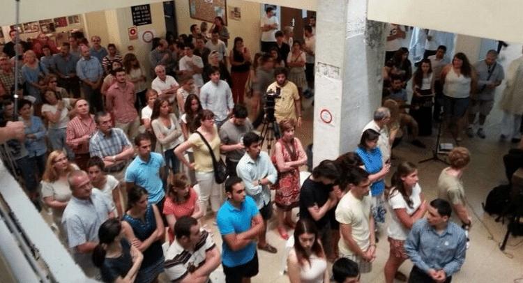 EXCLUSIVA: Video de la Misa celebrada en los pasillos de la facultad de Historia