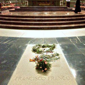 En la imagen, la tumba de Francisco Franco situada en el Valle de los Caídos