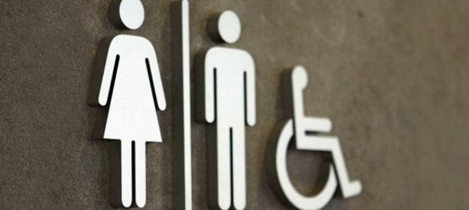 El colectivo LGTB no tendrá el apoyo del Supremo de EEUU para imponer los 'baños trans'