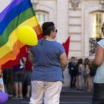¿Por qué no aprobar una ley que proteja a todos y no sólo al colectivo LGTB?