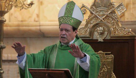 El primado de México presenta su renuncia al Papa