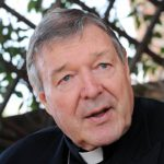 El Cardenal Pell, imputado por abusos a menores, niega enérgicamente los cargos