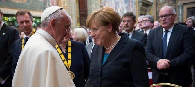'O Europa se convierte en una comunidad federal o no contará nada en el mundo'