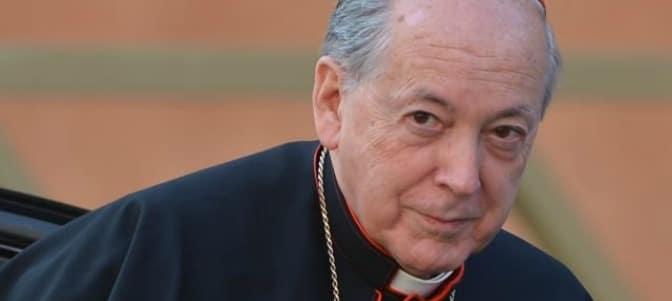 Cipriani critica en una entrevista en la prensa a los cardenales que hablan en la prensa