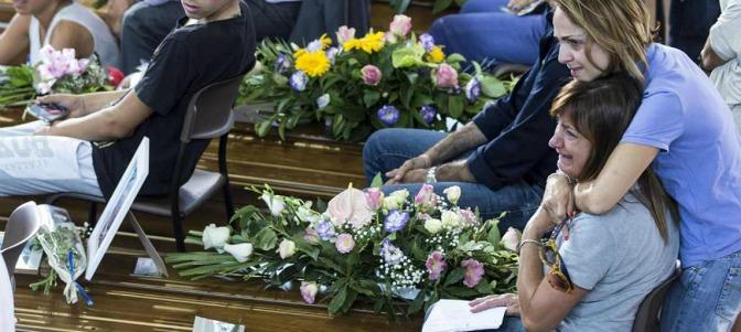 Obispo durante el funeral por el terremoto: 'Hemos llorado juntos, ahora es el momento de la esperanza'