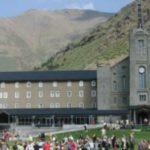 El Santuario de Nuria alberga una exposición homosexualista