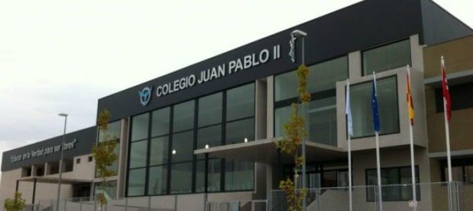 Presentan las alegaciones a la sanción del director del colegio Juan Pablo II