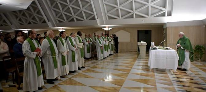 El Papa Francisco invita a superar la mentalidad egoísta que condena siempre