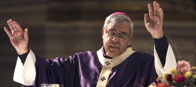 El arzobispo de Granada advierte sobre la ideología de género que trata de imponerse como ley en la educación