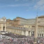 El Vaticano reitera la inmunidad diplomática al monseñor pillado con pornografía infantil en EEUU
