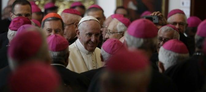 'La oración en la vida del obispo es la savia vital que pasa por la vid, sin la cual el sarmiento se marchita'