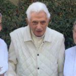 El Vaticano confirma que Benedicto XVI está bien
