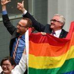 Australia legaliza el 'matrimonio' gay en un clima de división social