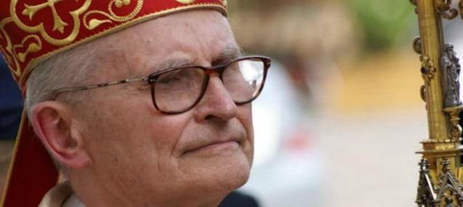 El cardenal Pujats, creado in pectore por JPII, se adhiere a la profesión de los kazajos