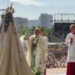 El Papa se enfrenta por primera vez a protestas en su viaje a Chile