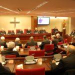 """Los obispos frenan un intento de """"golpe de estado"""" en el control de los seminarios"""