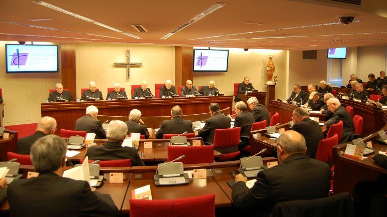 Estupor por la actitud de los obispos ante el comunicado de ETA