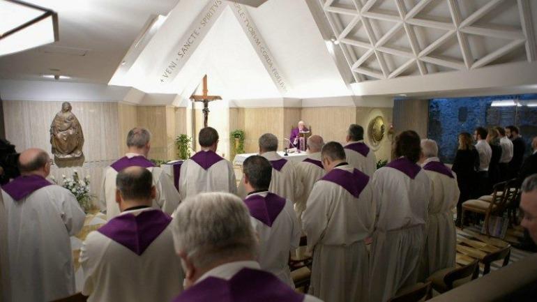 Francisco llama a 'pedir la gracia de la conversión del pensamiento'