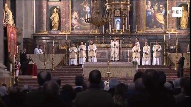 Juan del Río preside la misa conmemorativa del 25 aniversario de la muerte de Don Juan de Borbón