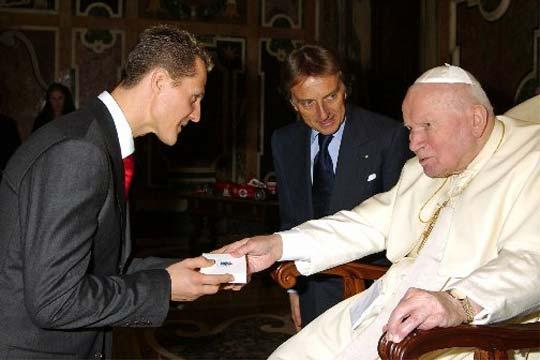 Arzobispo que visitó a Schumacher ventiló su verdadero estado de salud