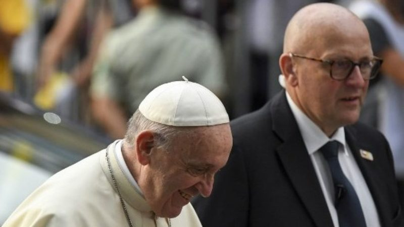 El Papa Francisco aceptó la renuncia de su jefe de custodia - Actualidad