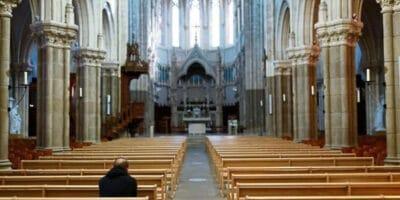 abusos Francia secularización