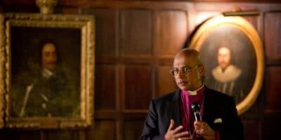 Obispo anglicano conversión